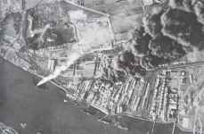 Fires after air raid on fuel depots and tankers on the river Thames