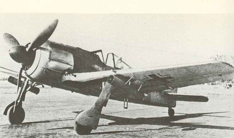 Fw 190 A-4/R6 equipped with underwing launching tubes for two WGr21 rocket missiles