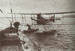 U-35 receives dispatches from a Friederikshafen seaplane