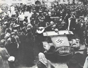German troops are welcomed as liberators