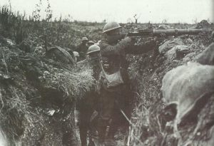 British machine-gunner firinig his Lewis Gun