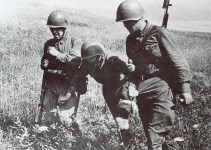 Russian soldiers with wounded
