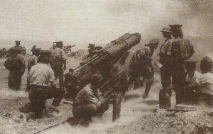 attery of British 60-pounder guns