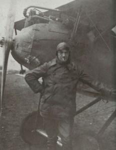 Emil Meinecke poses beside his Halberstadt fighter