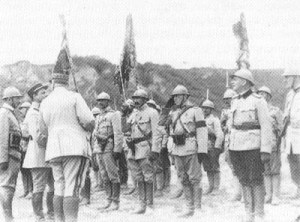 French officers awarding medals to Rumanian troops