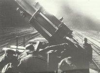 heavy anti-aircraft guns on low-loader wagons