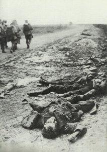 Killed British MG gunners