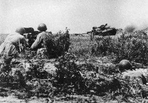 StuG assault gun attacking a Soviet anti-tank gun