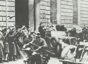 Mussolini with SS guards