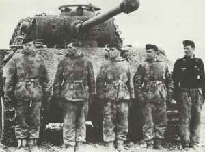 crew of a Panther tank on the Russian front