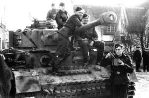 crew of a PzKpfw IV Ausf J