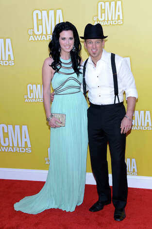 (L-R) Shawna Thompson and Keifer Thompson of Thompson Square attend the 46th annual CMA Awards at the Bridgestone Arena on November 1, 2012 in Nashville, Tennessee. Photo: Jason Kempin, Getty Images / 2012 Getty Images