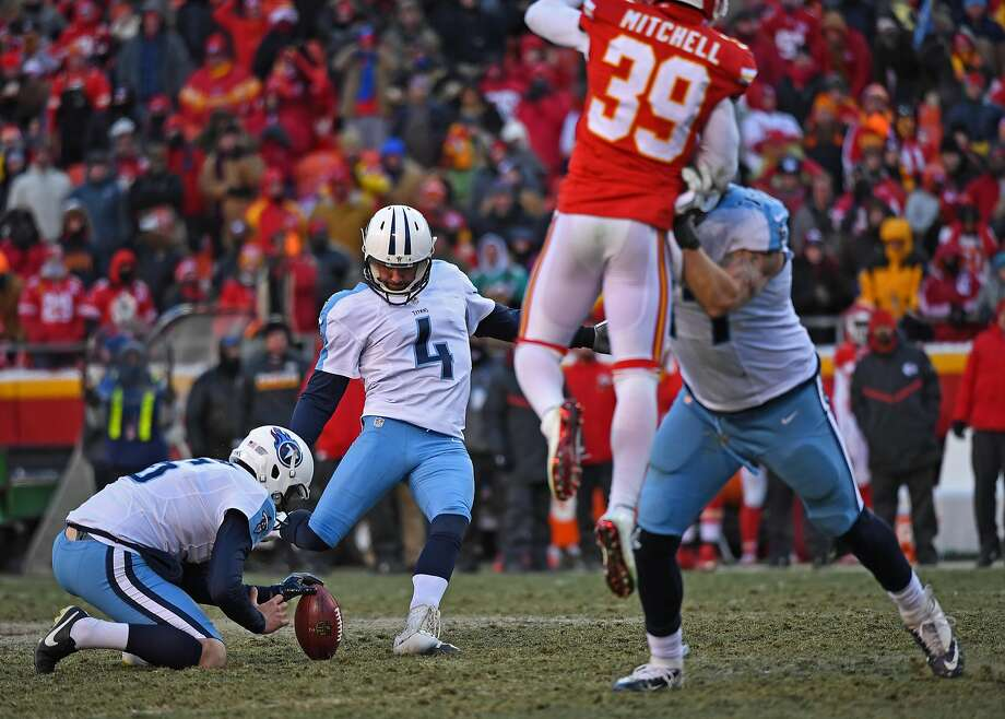 Image result for titans vs chiefs field goal