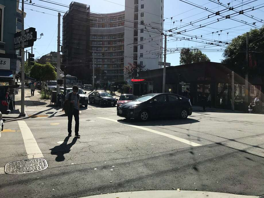 A power outage struck large areas of San Francisco Lower Pacifc Height and the Fillmore.  Photo: Courtesy Yvonne Pham