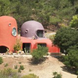 What's That Thing Off 280? The Flintstone House