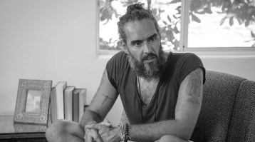 Freedom from Addiction with Russell Brand (Part 1) - Commune
