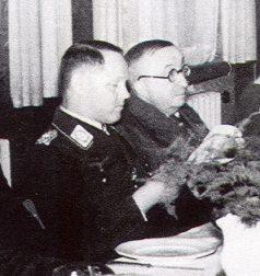 Leaders-Gen.Lt-Josef-Kammhuber-and-Professor-Ernst-Heinkel-Rostock-Marienehe-1942-01