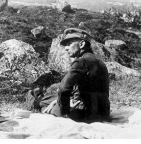 Bundesarchiv_Bild_183-B16420,_Russland,_General_Eduard_Dietl