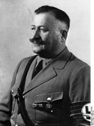 444px-Bundesarchiv_Bild_119-5590,_Christian_Weber
