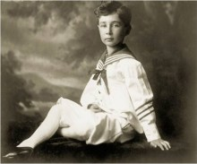Scientist-Robert-Oppenheimer-As-Child