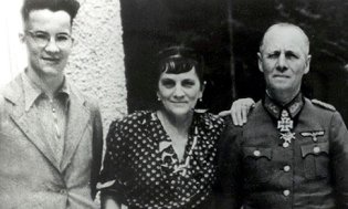 manfred-lucie-and-erwin-r-008