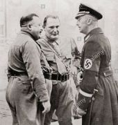 members-of-the-blood-order-left-to-right-christian-weber-hermann-goering-c3tckd