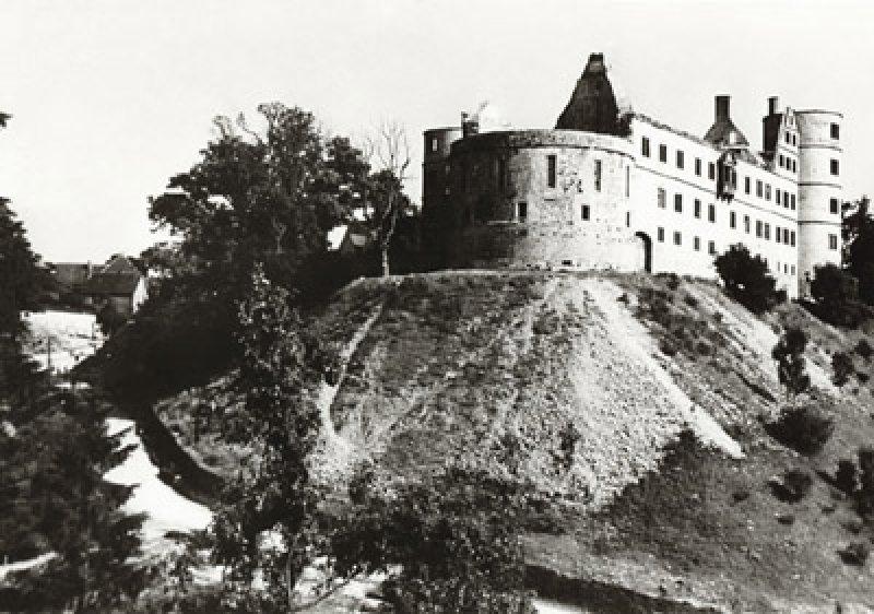The Wewelsburg The Nazi Ss Grail Castle  Ww2 Gravestone