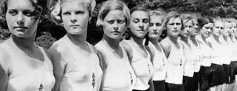 German girls in WWII  - WW2 Gravestone