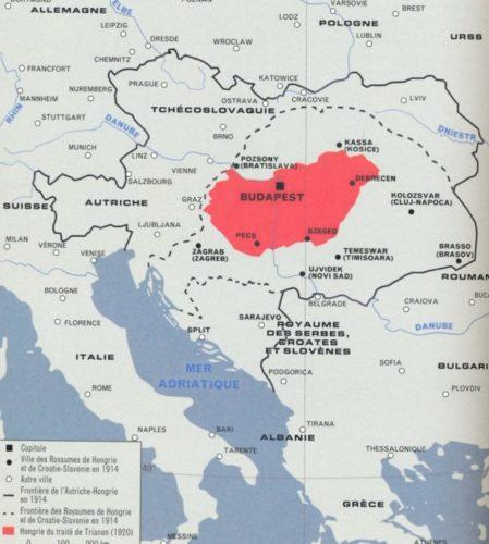 En pointillés noir, la Hongrie avant 1914. En rouge, le territoire hongrois en 1920