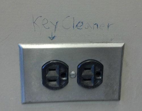 Electrical Socket Key Cleaner