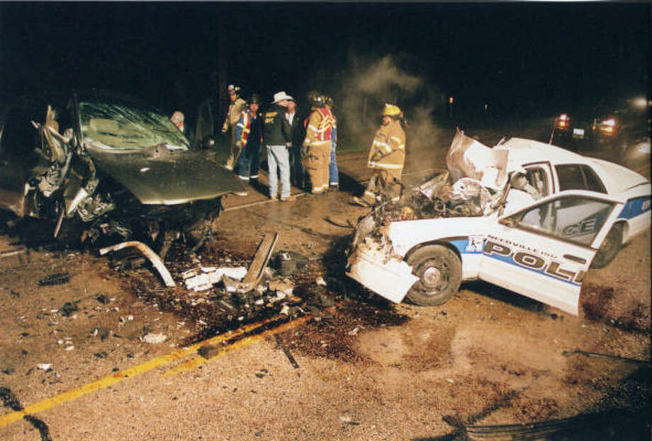 Needville ISDs police chief dies in car crash  Houston