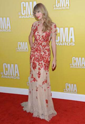 Taylor Swift attends the 46th annual CMA Awards at the Bridgestone Arena on November 1, 2012 in Nashville, Tennessee. Photo: Jason Kempin, Getty Images / 2012 Getty Images