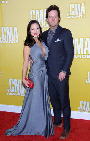 David Nail (R) and Catherine Nail attend the 46th annual CMA Awards at the Bridgestone Arena on November 1, 2012 in Nashville, Tennessee. Photo: Jason Kempin, Getty Images / 2012 Getty Images
