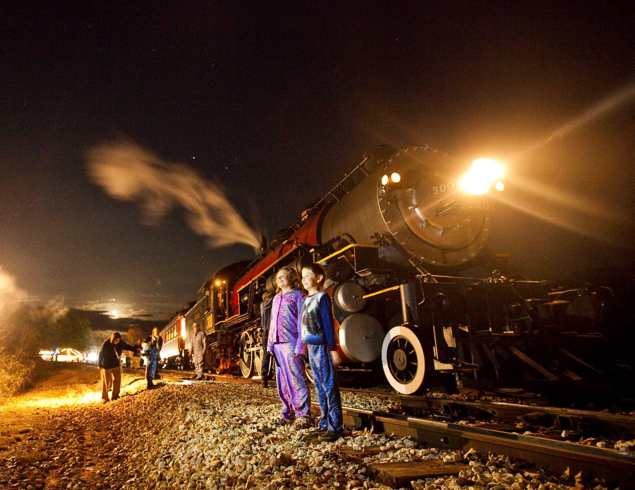 Polar Express Steams Through East Texas
