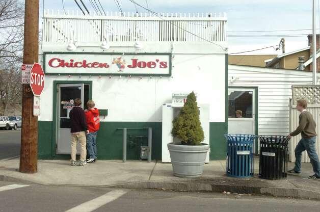Chicken Joe's in Cos Cob. Photo: Helen Neafsey, ST / Greenwich Time