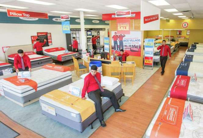 At A Mattress Firm Thursday Aug 11 2016 In Houston