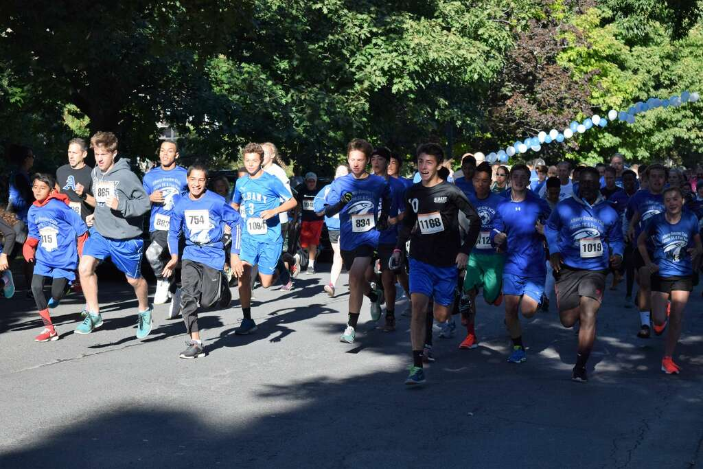 Were you Seen at the Albany Booster Club's Falcon 5K & Fun Run in Washington Park in Albany on Sunday, Sept. 25, 2016? Photo: Diane Wilson