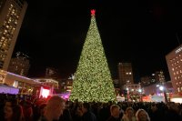 """Live: """"Union Square at Macy's 2016 Great Tree Lighting ..."""