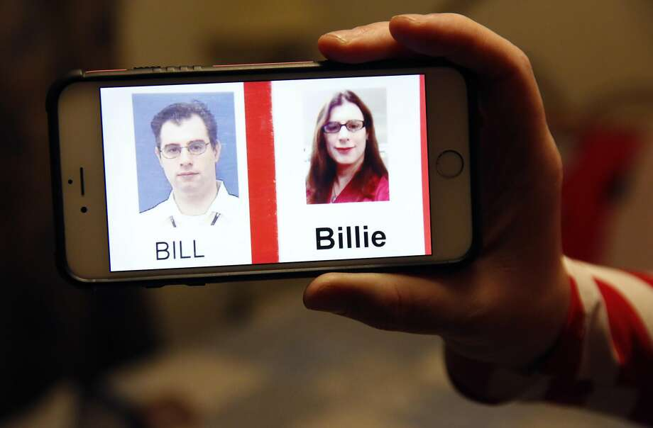 Billie Lynn Ross' phone shows photos documenting her journey from Bill to Billie. Photo: Leah Millis, The Chronicle