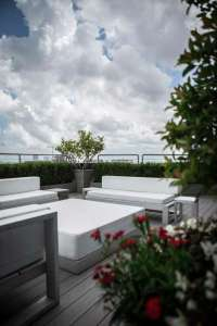 High-rise patio offers rooftop oasis - Houston Chronicle