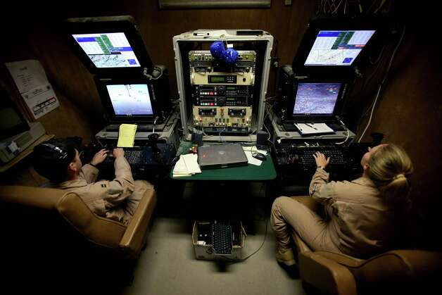Pilots control U.S. Predator drones flying over Afghanistan from a base in Las Vegas on May 2, 2006. Photo: Veronique De Viguerie, Getty Images / 2006 Veronique de Viguerie