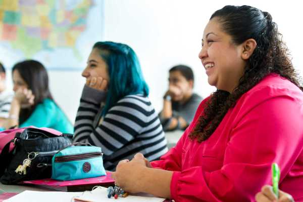 Hispanic Students Benefit Free Community