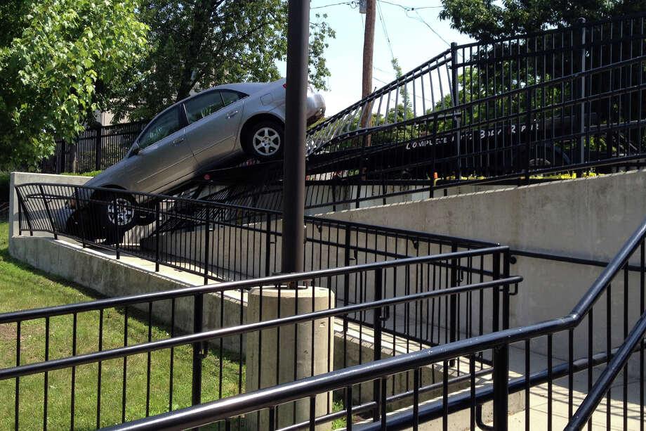 Car plows into Bridgeport ER fence  Connecticut Post