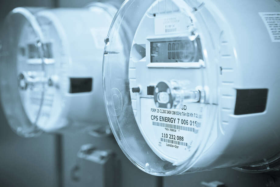 CPS Energy began installing smart meters in August as part of a $290 million plan to change meters for all users by 2018. But some residents don't want the meters. Photo: Courtesy CPS Energy / ©CPS Energy