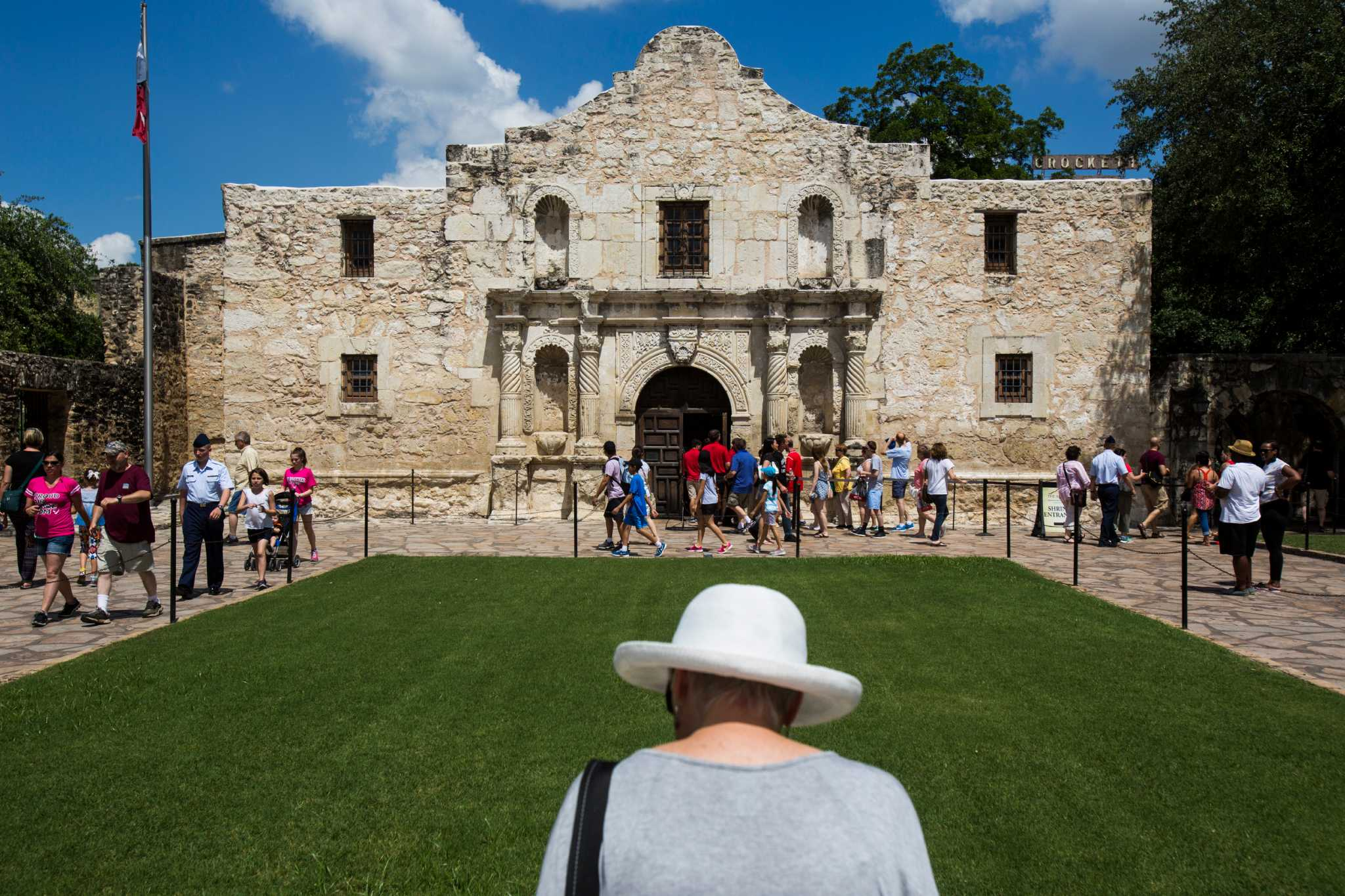 Alamo Dubbed Worst Tourist Trap In Texas Here S Why