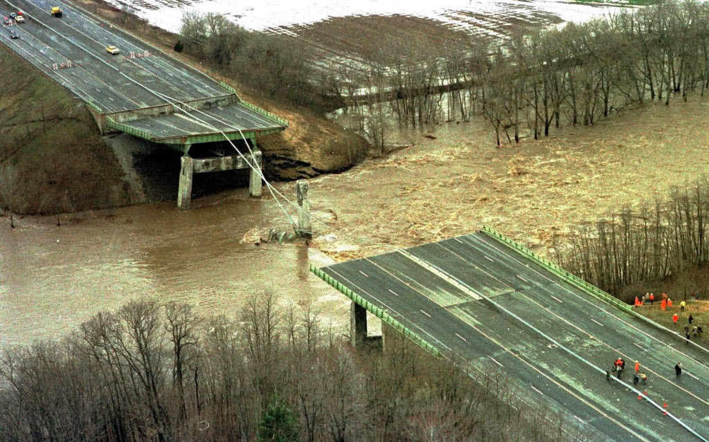 30 Years Ago Bridge Collapse Kills 10 Times Union