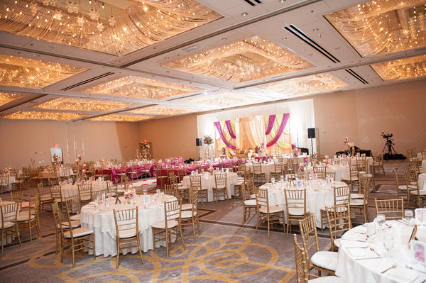 DoubleTree by Hilton ChicagoOak Brook  Oak Brook IL Wedding Venue