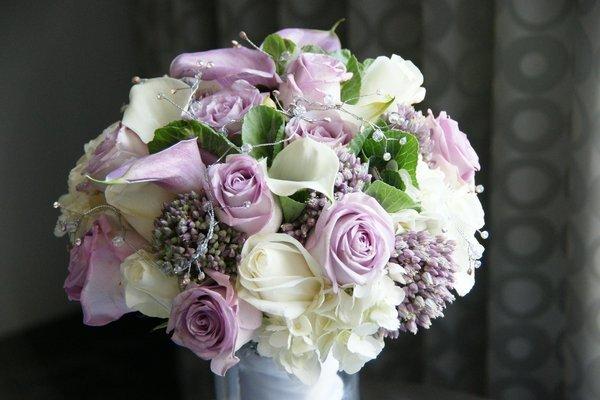 Vintage Green Purple White Bouquet Wedding Flowers Photos