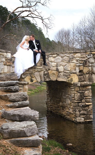 Dogwood Canyon Nature Park Lampe Mo Wedding Venue
