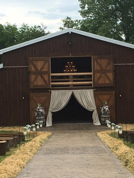 outdoor wire chairs reupholster happily ever after at the barn - kodak, tn wedding venue